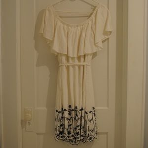 Old Navy White Ruffle Embroidered Dress
